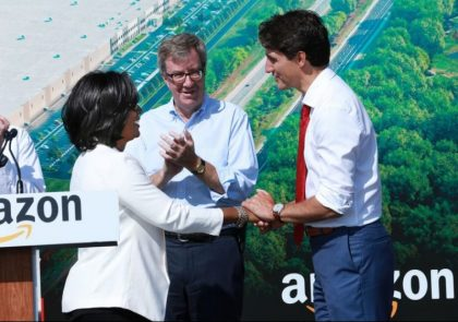 Amazon associate Patrice Thompson introduces Canadian Prime Minister Justin Trudeau at a groundbreaking event in Ottawa.