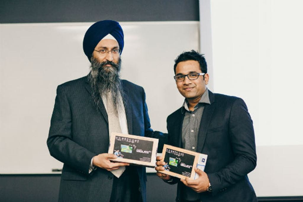Receiving tablet prize