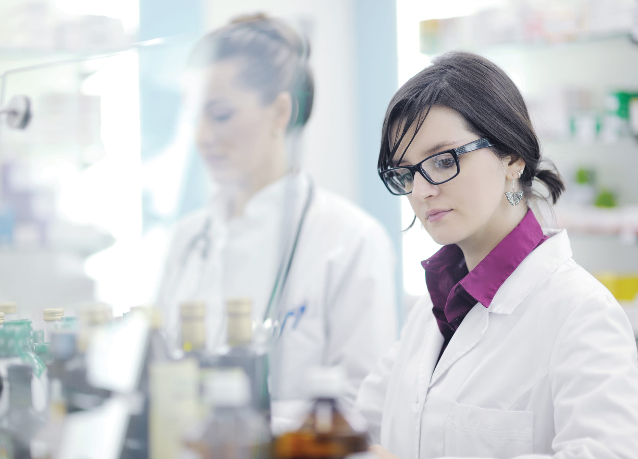 Retali Pharmacy assistant working in a lab